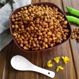 Chili Peanuts - A delicious deep-fried snack / Masala Kadala