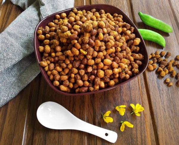 Chili Peanuts - A delicious deep-fried snack / Masala Kadala