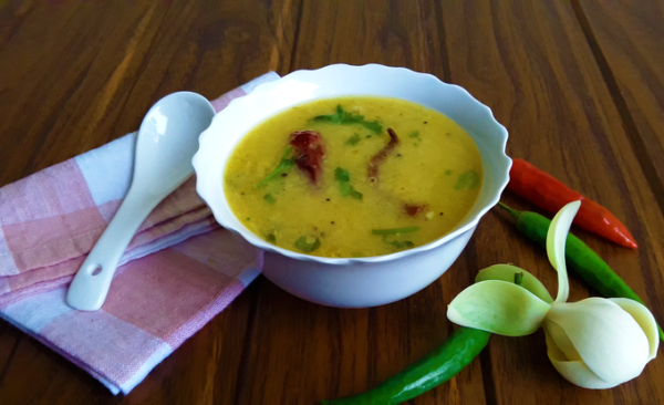 Dali Toye - A delicious, fragrant, traditional Konkani tor dal (split pigeon pea lentil) soupy curry.