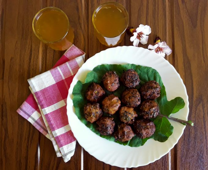 Spicy Collard Greens Nuggets with Lime Tea