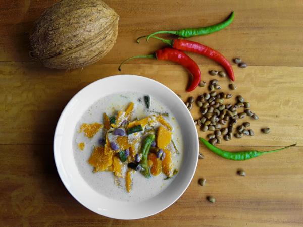 Pumpkin Olan - A delicious, mild, soupy curry (Vegan + Gluten Free)
