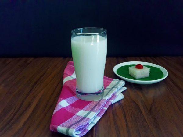 Arrowroot drink with dudali