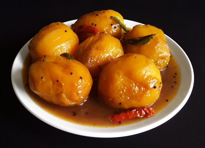 Ambya Umman / Ambya Humman - A delicious, traditional, Konkani ripe mango curry